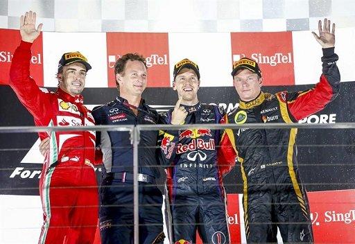 فيتل بطلاً لجائزة سنغافورة لسباق الفورمولا وان