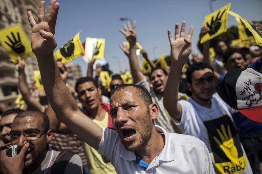 المئات في مسيرات مسائية للإخوان المسلمين بالإسكندرية