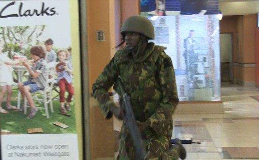 الجيش الكيني يؤكد تحرير معظم الرهائن المحتجزين في المركز التجاري
