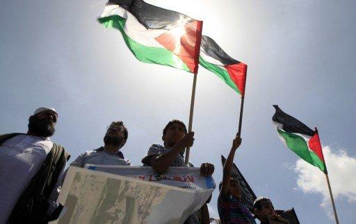 قوى وفصائل فلسطينية تدعو إلى وقف المفاوضات رداً على الاستيطان الإسرائيلي