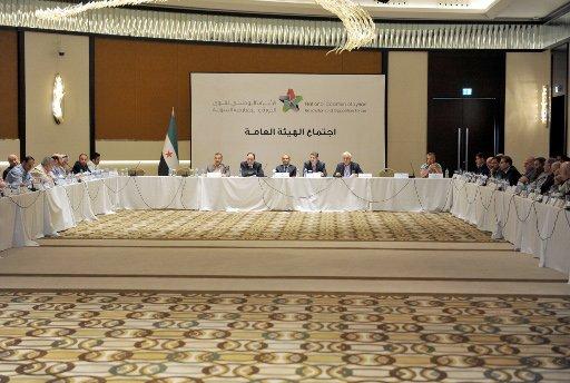 دبلوماسي امريكي: المعارضة السورية تعمل بجد لاكتساب خبرة المفاوضات قبل