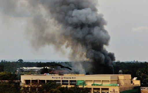 تجدد اطلاق النار في المركز التجاري بنيروبي رغم سيطرة الأمن على المبنى