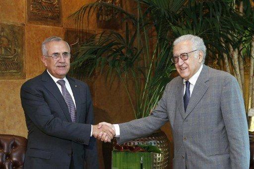سليمان والابراهيمي يبحثان تداعيات الملف السوري على لبنان وآفاق