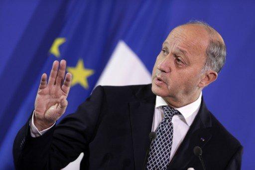 فرنسا توافق على مشاركة إيران في مؤتمر جنيف بشروط