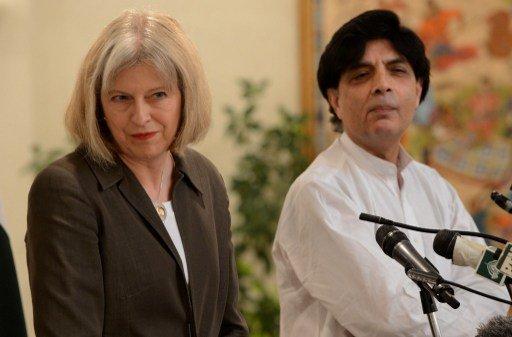 بريطانيا تتعهد بدعم باكستان في تصديها للإرهاب