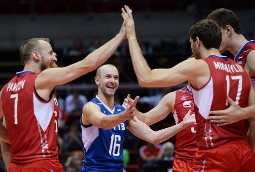 روسيا تبلغ ربع نهائي أوروبا لكرة الطائرة