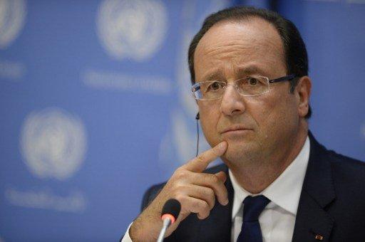 هولاند: مشاركة إيران في مؤتمر جنيف ضرورية