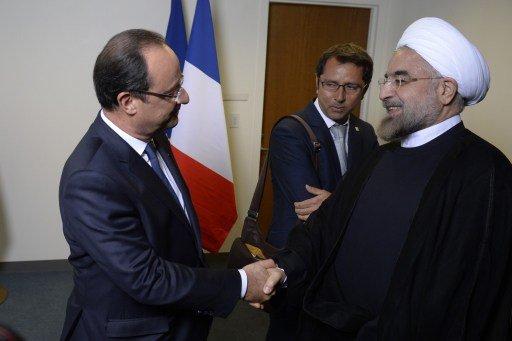 روحاني يبحث الأزمة السورية مع هولاند ويرفض لقاء أوباما