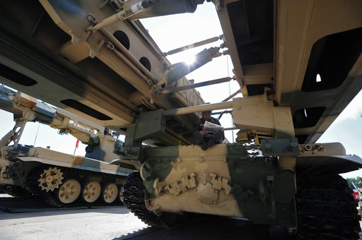 أحدث أنواع الأسلحة والمعدات العسكرية من روسيا وبلدان الناتو في المعرض الدولي للأسلحة بنيجني تاغيل