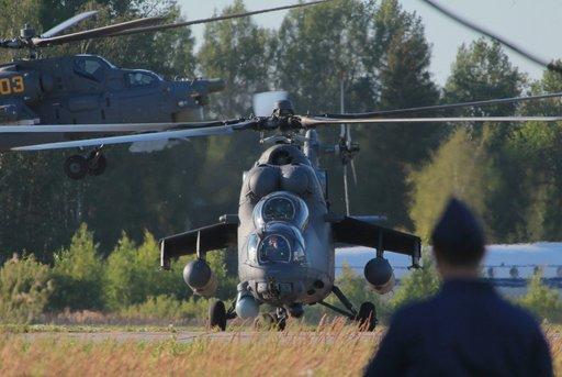 الخبراء العراقيون ينهون دورة التدريب على استخدام المروحيات الروسية