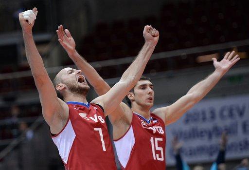 روسيا تتأهل الى المربع الذهبي لكأس أمم أوروبا للكرة الطائرة