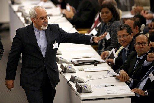 ظريف يتوقع اختراقا نحو اتفاق حول ملف إيران النووي في لقاء مرتقب له مع السداسية