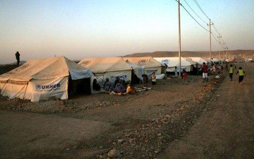بريطانيا تقدم 100 مليون جنيه لمساعدة اللاجئين السوريين