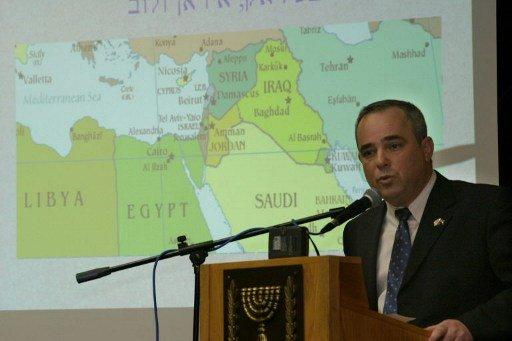 اسرائيل تخفف القيود المفروضة على الأراضي الفلسطينية