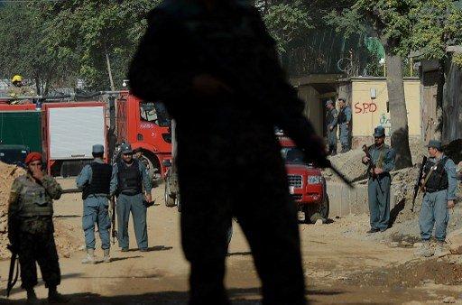 أفغاني بزي الجيش يقتل أحد مدربي الناتو ويصيب عددا آخر