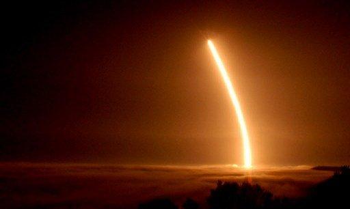 أمريكا تجري اختبارا جديدا لصاروخ باليستي من نوع
