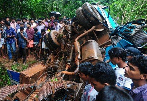 مقتل 19 شخصا على الأقل وإصابة 35 في حادثين منفصلين بالهند