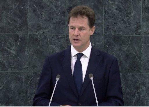 نائب رئيس الوزراء البريطاني: مستعدون لتحسين العلاقات مع إيران