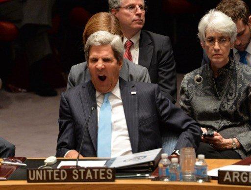 كيري يلوّح بالعقاب إن لم تنفذ سورية التزاماتها و
