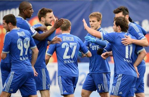 دينامو موسكو ينفض غبار النتائج السلبية في الدوري الروسي