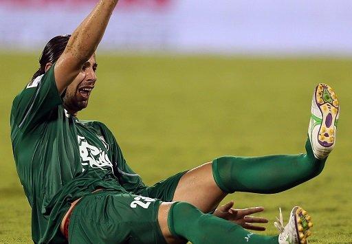 بالفيديو.. لاعب إيراني في الدوري القطري يتعرض إلى كسر خطر في ساقه