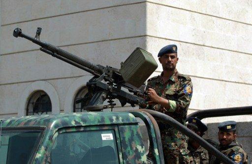 قتلى وجرحى في اقتحام مسلحين لمقر عسكري جنوب اليمن