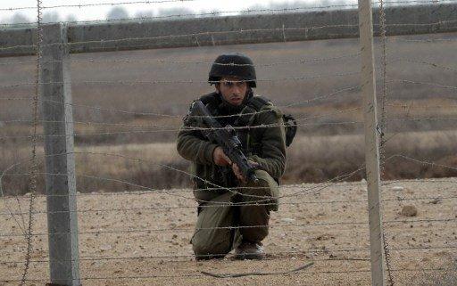 مقتل فلسطيني واعتقال آخر على أيدي جنود إسرائيليين في بيت حانون بقطاع غزة