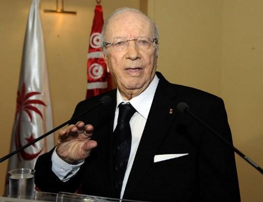 السبسي: سأقبل برئاسة تونس في حال حصول توافق حولي