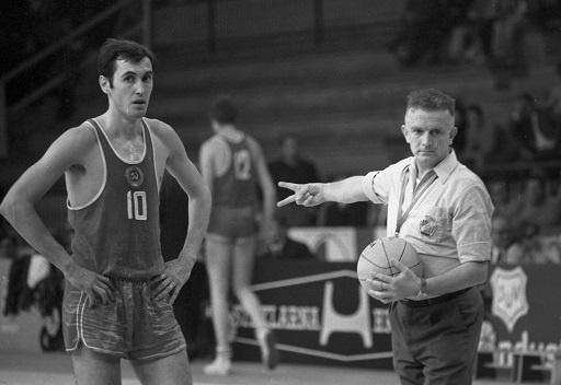 لاعب كرة السلة السوفيتي الشهير سيرغي بيلوف في ذمة الله