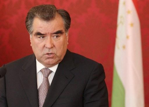 الحزب الحاكم في طاجيكستان يرشح الرئيس رحمن لانتخابات الرئاسة الجديدة