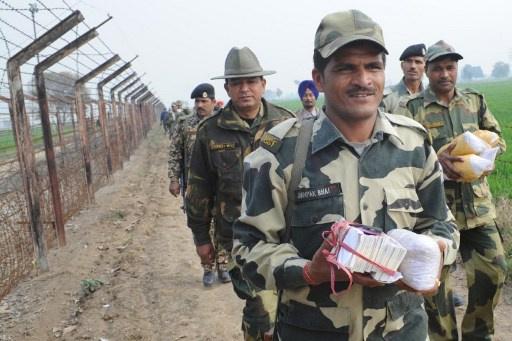 الجيش الهندي يقضي على 4 مقاتلين على الحدود مع باكستان