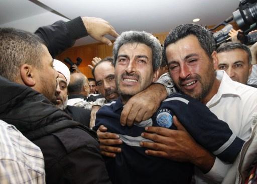 عودة 18 مواطناً لبنانياً نجوا من غرق عبارة قبالة السواحل الاندونيسية