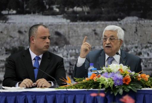 عباس يحذر من إهدار الفرصة الأخيرة للتوصل إلى اتفاق سلام