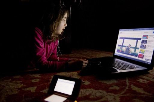 60 % من البريطانيين لا يستعملون برامج فلتر لحماية أولادهم من المواد الضارة على الانترنت