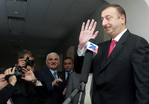 اذربيجان في انتظار الانتخابات الرئاسية وعلييف الأوفر حظا
