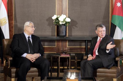 عبد الله الثاني يؤكد لمنصور اهمية الدولة المصرية ودورها العربي