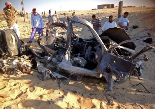 مقتل 4 جنود بينهم شرطي واصابة خمسة في تفجير سيارة مفخخة جنوب العريش