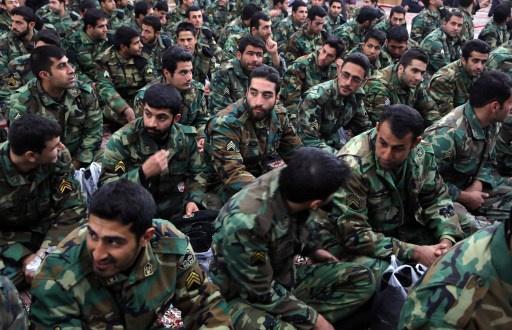 مقتل 5 من عناصر الحرس الثوري الإيراني في اشتباك مع مسلحين غرب إيران