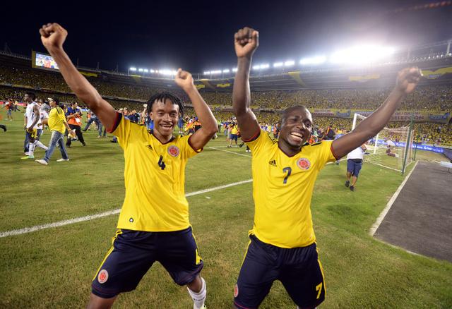 كولومبيا تنتفض بوجه تشيلي وتتأهل الى مونديال البرازيل
