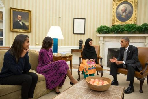 الباكستانية ملالا تطلب من أوباما وقف الغارات بالطائرات بدون طيار