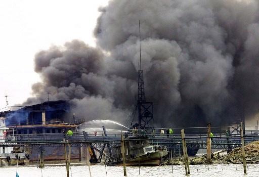 مصرع 7 اشخاص في انفجار بناقلة في مرفأ مدينة نينغبو الصينية