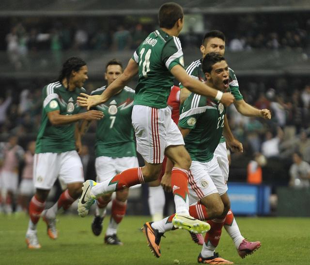 فيديو.. هدف مقصي عالمي يحيي آمال المكسيك بالتأهل الى البرازيل