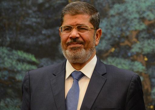 تمديد حبس مرسي لـ30 يوما على ذمة التحقيق في واقعة اقتحام السجون
