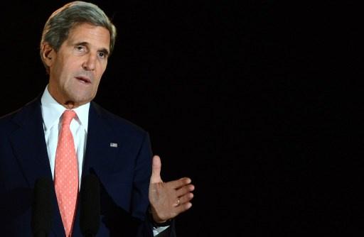 كيري: نافذة الفرص لحلّ أزمة النووي الايراني مفتوحة