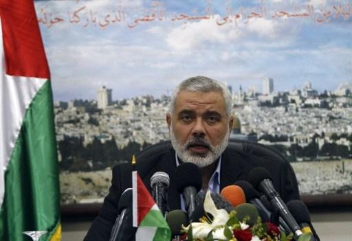 حماس تدعو فتح إلى انهاء الانقسام