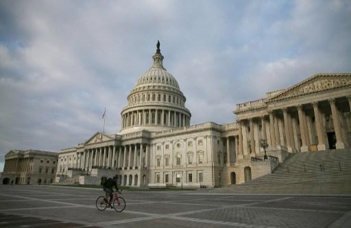 مجلس الشيوخ الأمريكي يتوصل إلى اتفاق لتفادي التخلف عن سداد الديون