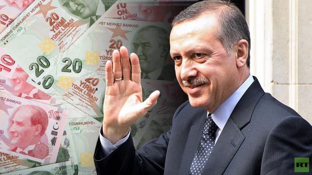 صحفية تركية تطالب أردوغان بالعيدية وتحصل عليها