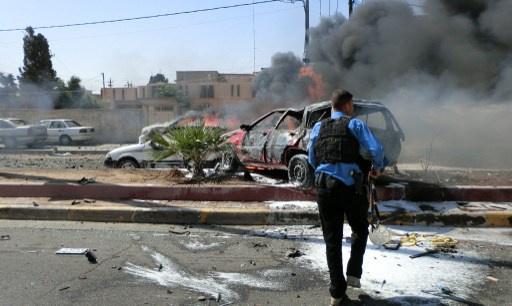 مقتل 12 شخصا واصابة 22 آخرين بتفجير سيارتين مفخختين شرق بغداد