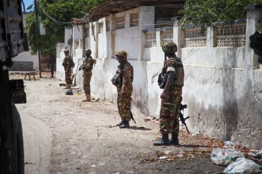 مقتل 13 شخصا بتفجير انتحاري وسط الصومال وحركة الشباب تعلن مسؤوليتها