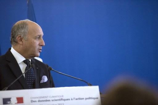 باريس تستدعي السفير الأمريكي مطالبة واشنطن وقف التنصت على الفرنسيين